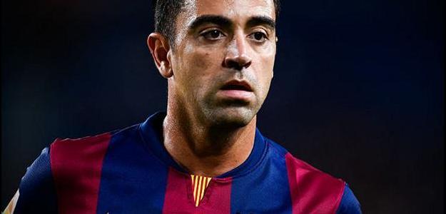 Meia Xavi garantiu que não defenderia outra equipe na Europa além do Barcelona